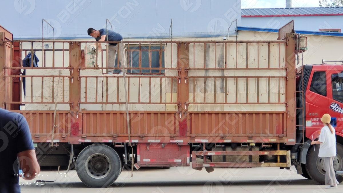 BTF1-4 Beston Egg Tray Machine Shipped to Burundi